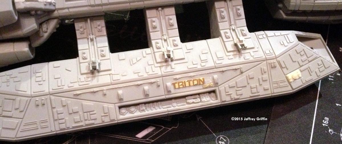 Starship Modeler - Moebius Models' 1/4105 Battlestar Pegasus