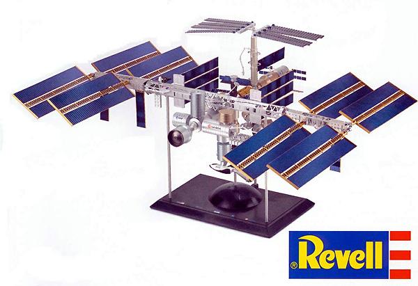 Starship Modeler - Revell DE's ISS Preview